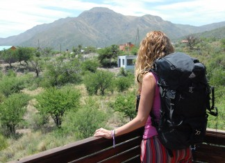 Ways to Work and Travel the World at the Same Time