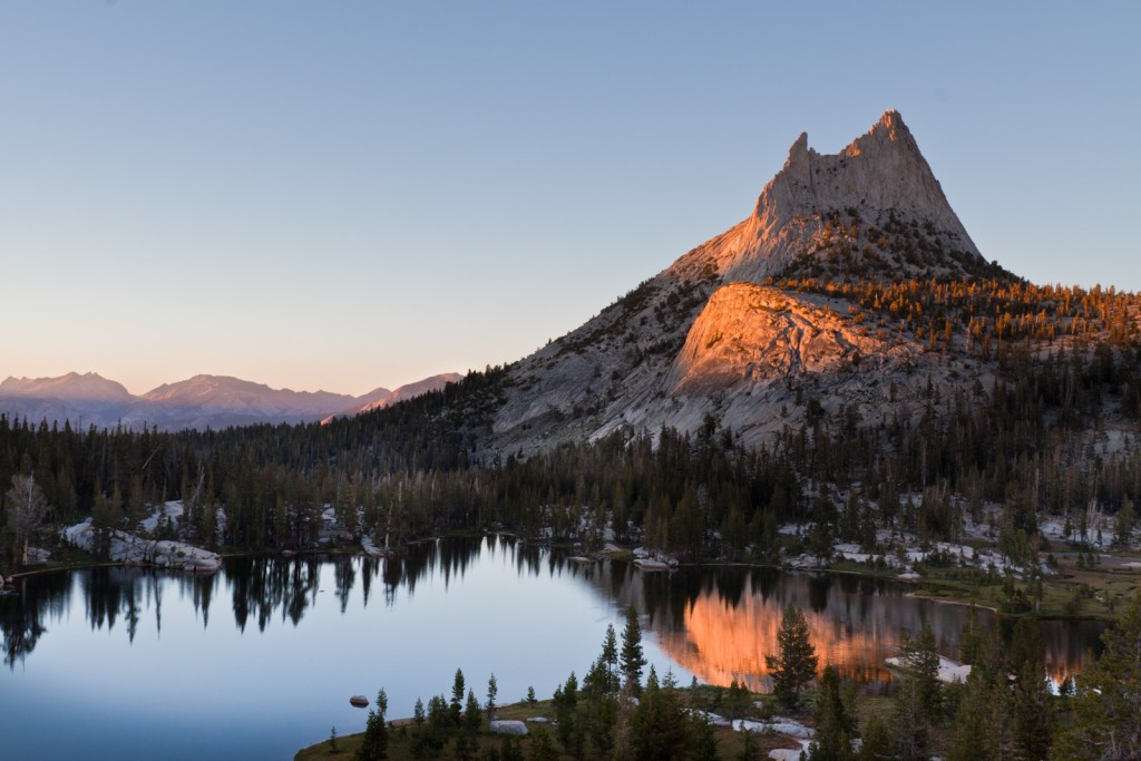 Upper Cathedral Lakes (Flickr: Brandon Levinger)