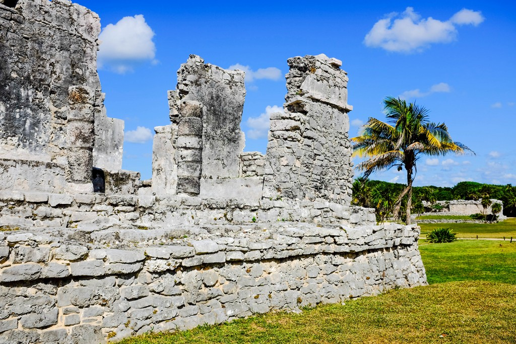 A ruin in Tulum (Photo: Michelle Rae Uy)