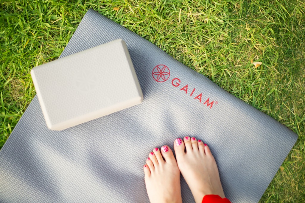 3. Gaiam Reversible Travel Yoga Mat